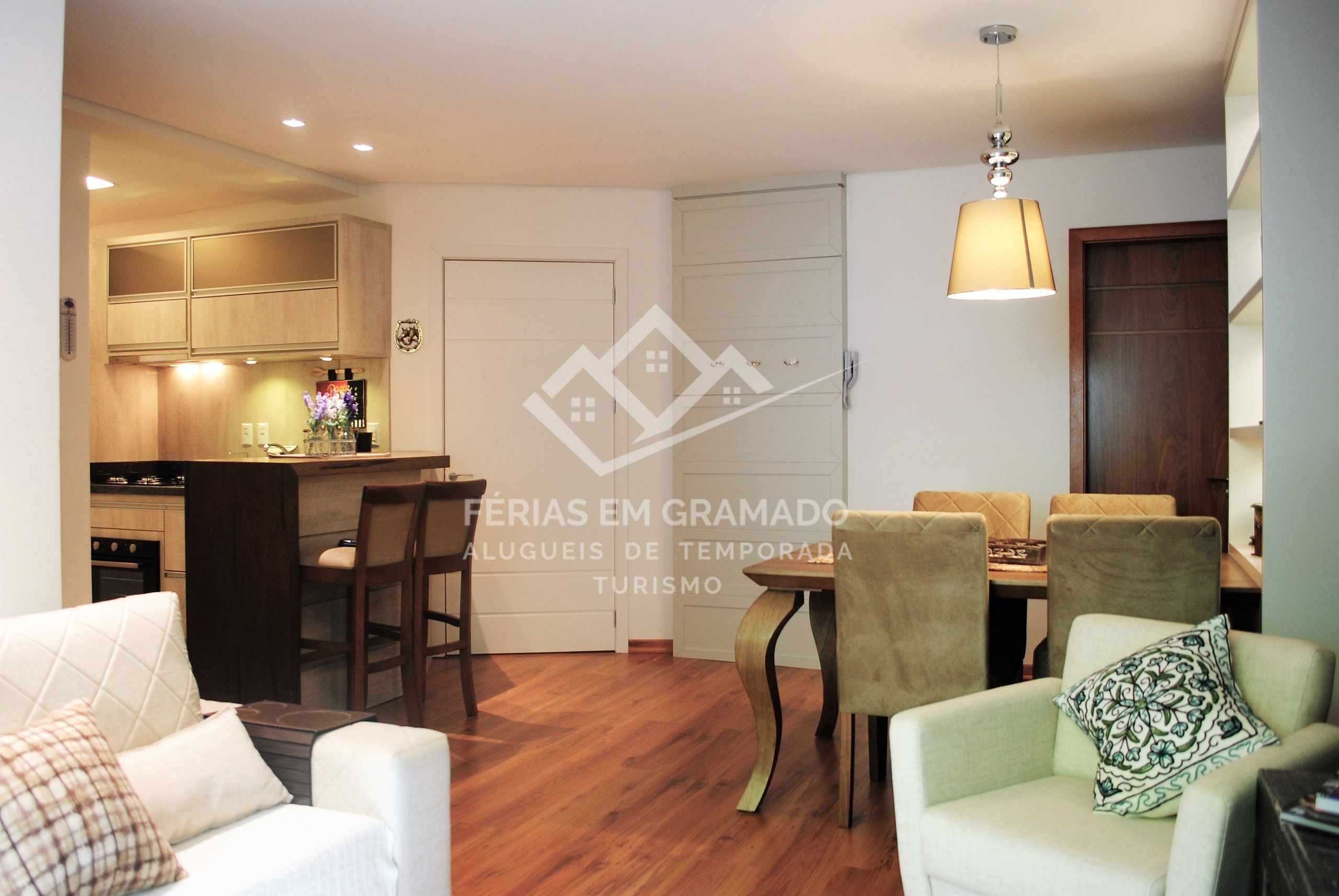Beatiful And Cozy Apartment For Rental Season In The City Ce
