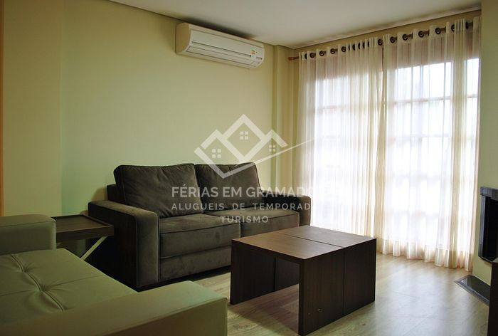 Beautiful apt of 1 dormitory for up to 4 people, located in