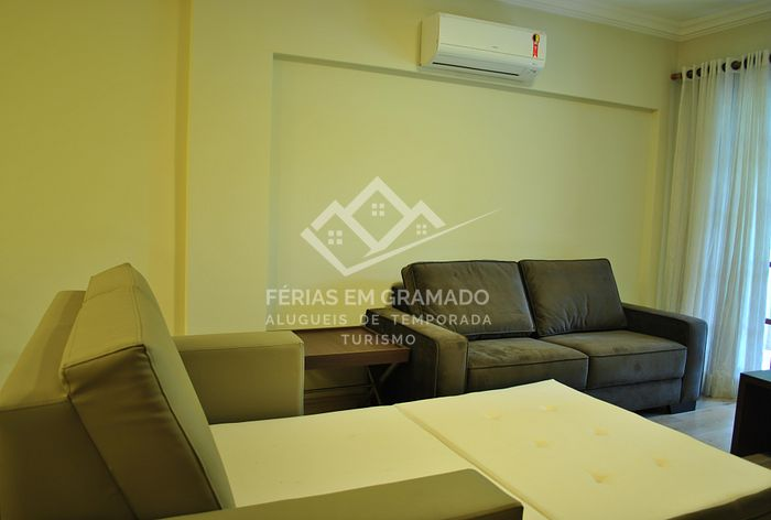 Beautiful apt of 1 dormitory for up to 5 people, located in the elegant Bavarian neighborhood in Gramado.