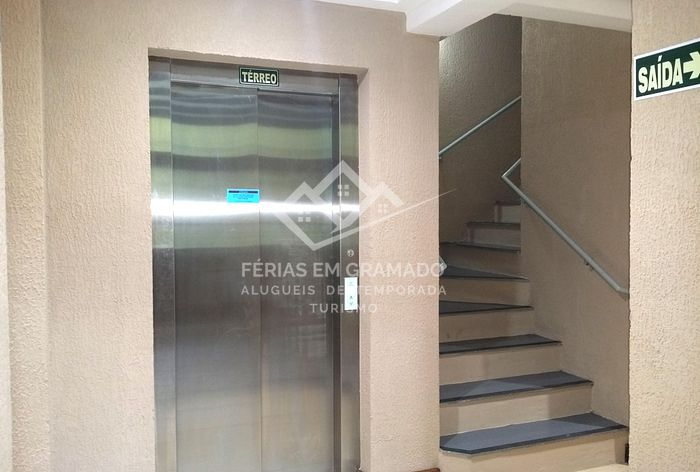 Beautiful apt of 2 dormitories for up to 6 people, located i