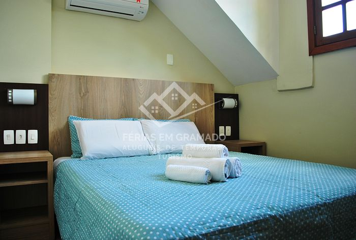 Beautiful apt of 3 dormitories for up to 8 people, located i