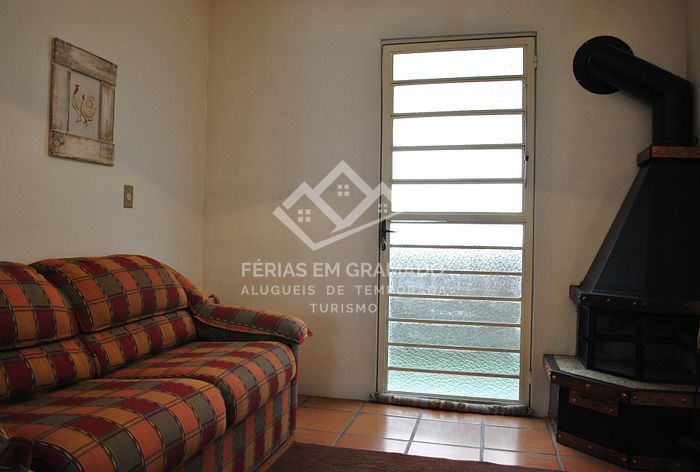 House in gated residencial area, located in the city center, up to 8 people.