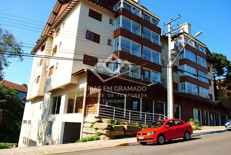 Luxurious 2 bedroom apartment for 5 people, downtown Gramado